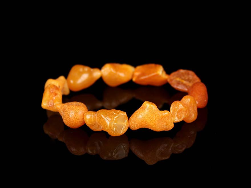 蜜蜡海漂料原石随形手串 直径12mm